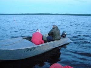 Рыбаки на Шексне. Фото пресс-службы СЗТУ